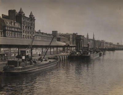 Custom House Quay