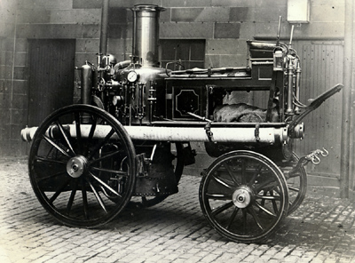 Steamer fire engine