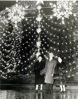 Christmas lights, 1965