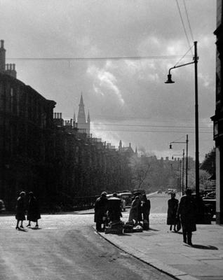 Corner of Dowanside and Byres Roads