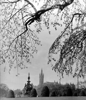 Kelvingrove Park and University