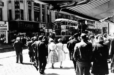 Shoppers in Argyle Street, 1955